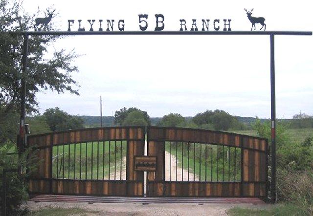 Entrance gate designs for home joy studio design gallery for Ranch entrances ideas